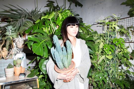 Inspiratie - Jin Ahn, oprichter van plantenzaak Conservatory Archives in Londen. Foto doorJake Kenny 2