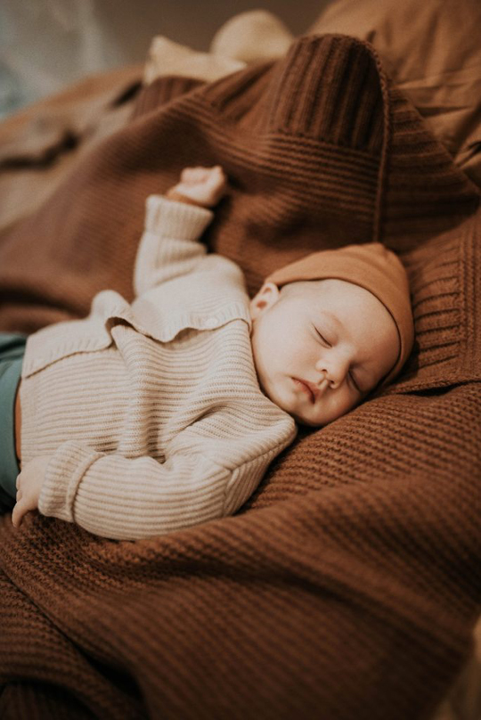 conscious-baby-clothing-by-repose-ams-hat-in-warm-caramel-684x1024